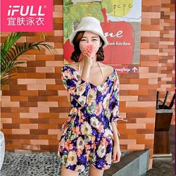 Woman fashion sexy swimsuit Bikini sun flower